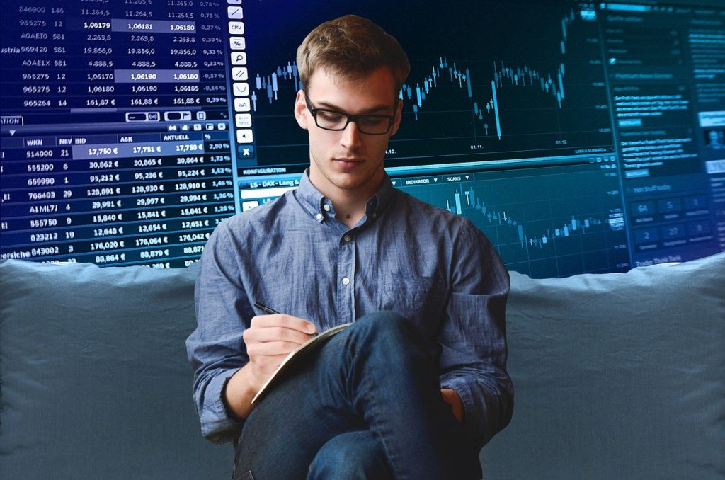 Managing the risk factors in the trading profession